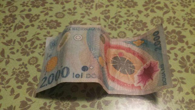 Vând bacnota 2000 lei din anul 1999