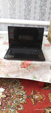 Продам ноутбук б/у. Зарядка, мышка. В рабочем состоянии. Цвет черный.