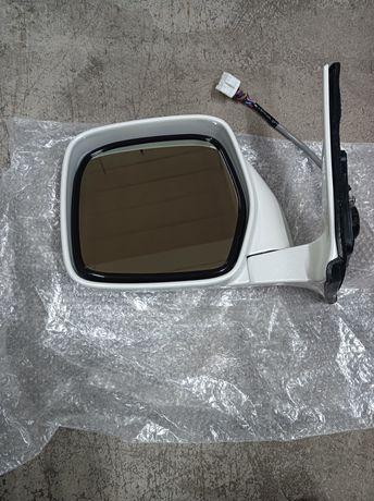 Продам зеркало заднего вида на LX470