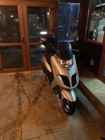Vînzări+reparații scutere+auto,piese originale,italiene și japoneze!