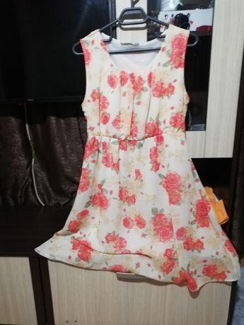 Rochiță eleganta de mătase