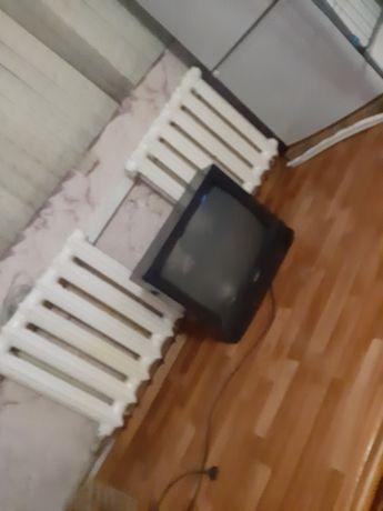 Продается телевизор цветной 3000