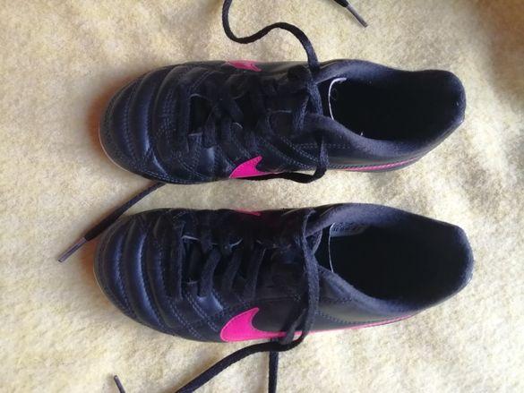 Оригинални бутонки Nike 31 номер