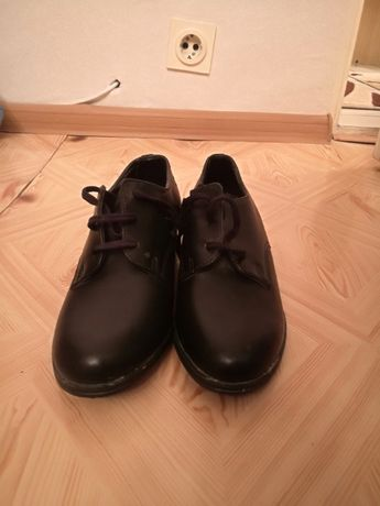 Дамски Обувки Черни 37 Номер