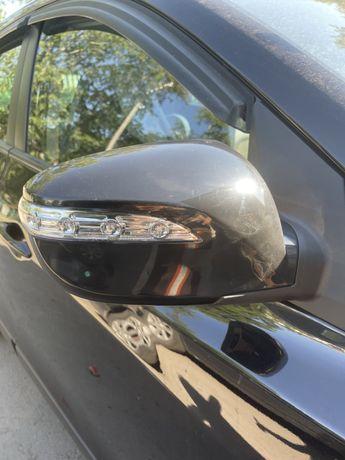 Продам зеркало заднего вида на хундай ix35