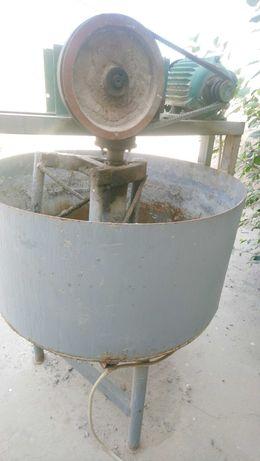Бетономешалка , станок для выпуска шлакоблоков