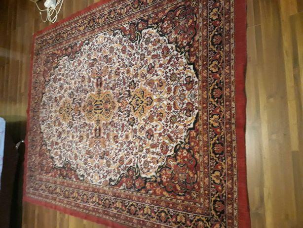 Carpeta persana mare