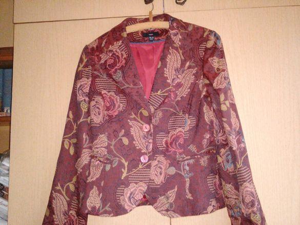 продавам ново дамско сако, поли, рокли, жилетка