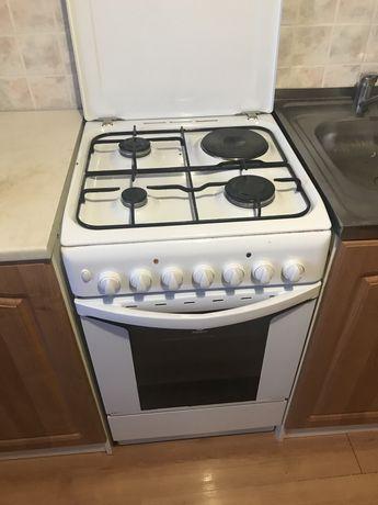 Кухонная плита INDESIT отличное состояние