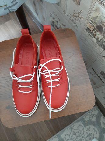 Продам обувь турецкую