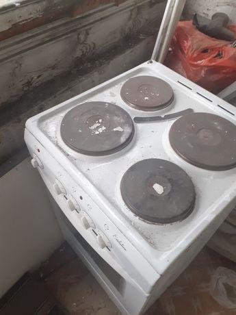 Электрическая плита б/у