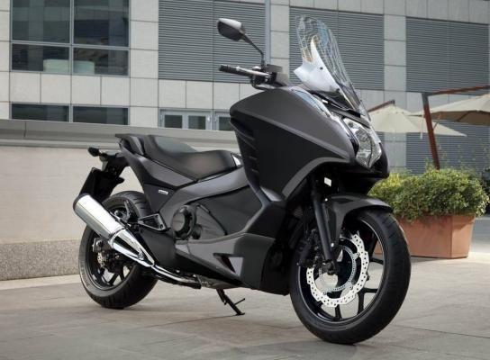 Honda Integra 700 на части