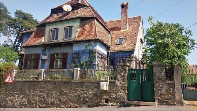 Vand Casa Duplex 4 camere zona Bulevardul Victoriei , Sub Arini
