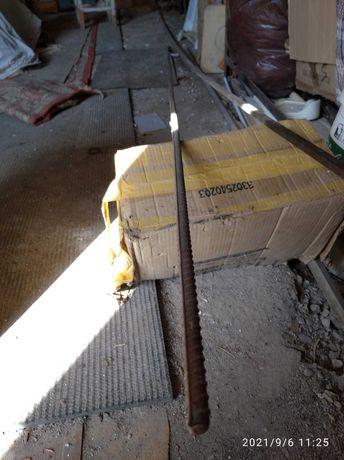 Квадрат металлический 5.25м размер 14Х8мм и арматура 2.4м диаметр 15мм