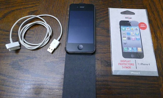 iPhone 4 32GB Black Model
