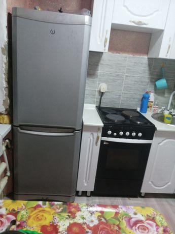 Холодильник, электрическая плита