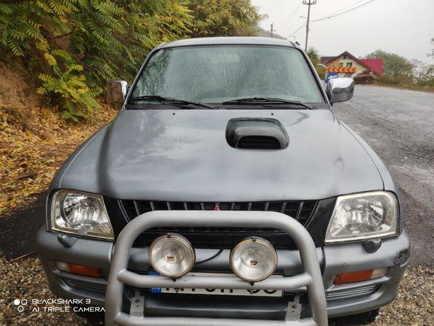 De vânzare Mitsubishi L200