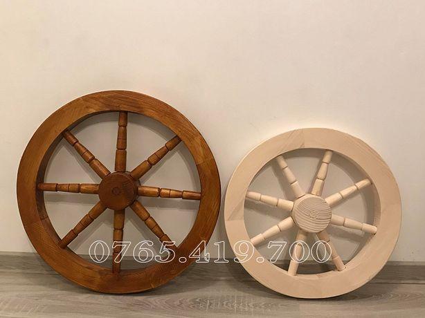 Roata din lemn pentru fantani sau candelabre rustice