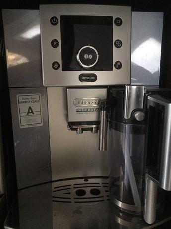 Masina de cafea Delonghi Perfecta, automat capucinno Made in Italia