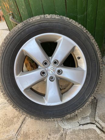Джанти с гуми Suzuki Vitara