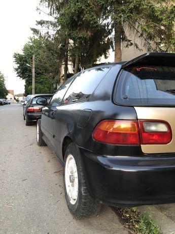 Dezmembrez Honda Civic Eg4