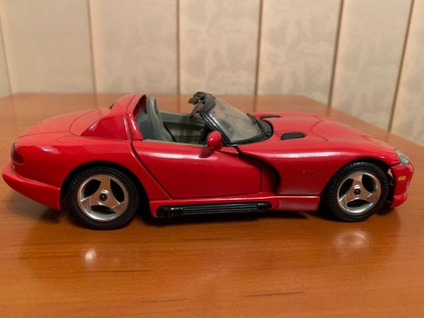 Macheta Dodge Viper RT10, 1/24, Bburago