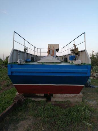 Продам понтонный толкач дизельный яаз-204