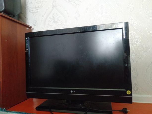 Телевизор 109 LG нормалный