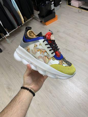 Adidasi Versace Top