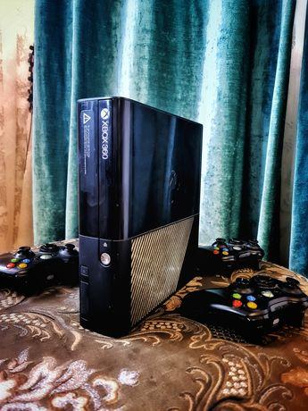 Продаётся Xbox 360 E