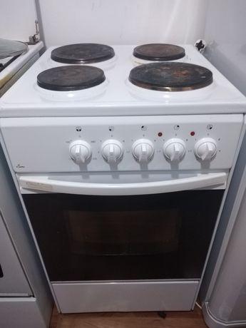 Срочно продам электрическую плиту