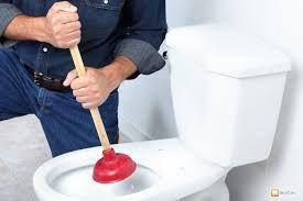 Прочистка канализации на кухне,унитаза,чистка труб от ЖИРА. Сантехник