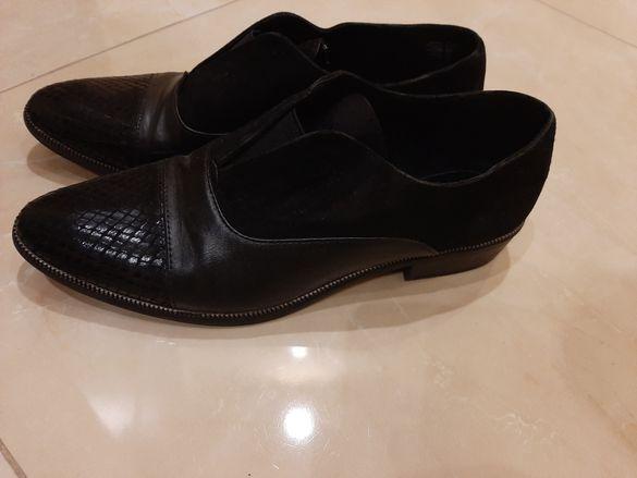 Обувки  Тамарис  черен цвят