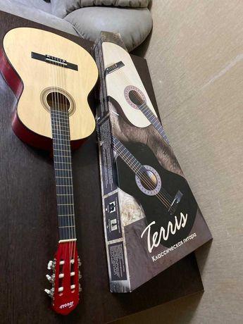 Продам новую классическую гитару