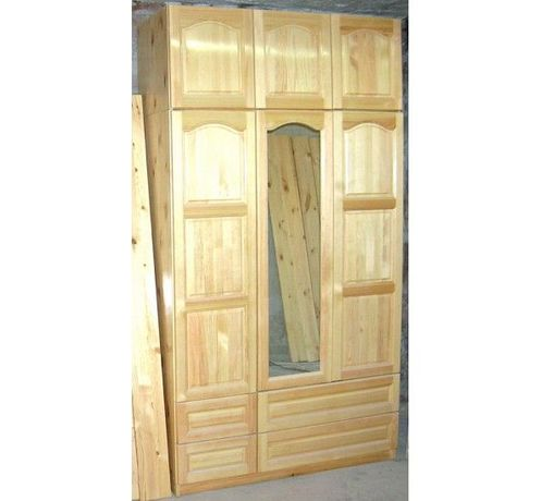 Мебели от масив - гардероб, спалня и ракла, скрин, шкафове и др.