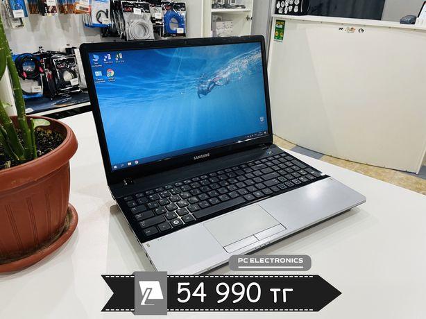 Ноутбук Samsung NP300 - Core i3-2330M/4Gb/500Gb/HD Graphics