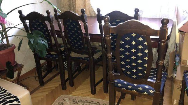 Продам мебель. Стол большой и 6 стульев и стенка