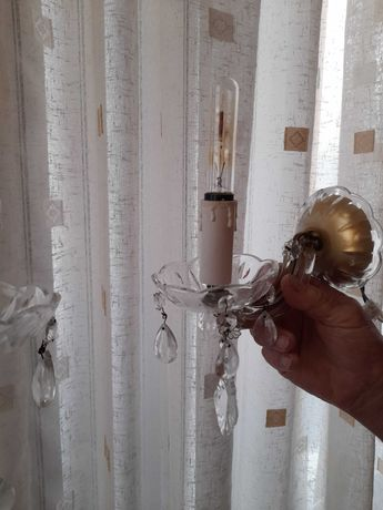полилей и таванни лампи