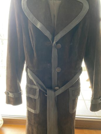 Palton piele intoarsa combinat cu piele naturala