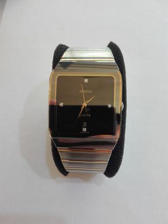 Продавам часовник rado jubile