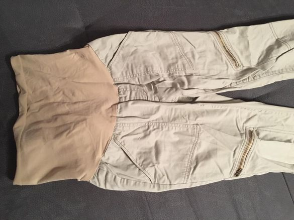 Два панталона + три туники за бременни+два сутиена за кърмене