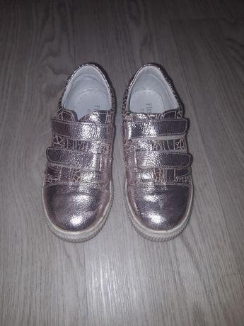 Кожаные ботинки почти новые
