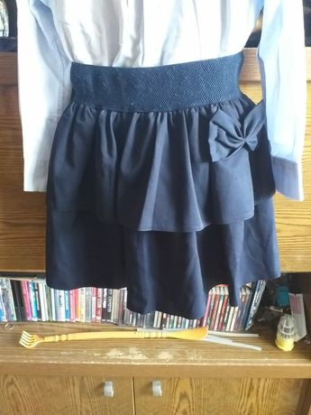 Продам школьную юбку.