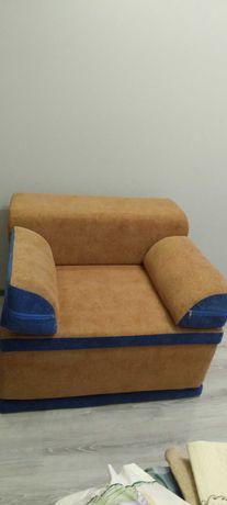 Кресло кровать.Пуфик трансформер