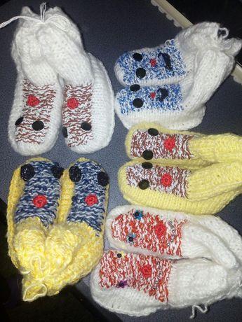 Botosei bebelusi, copii 0-6 ani, tricotati din mohair, handmade