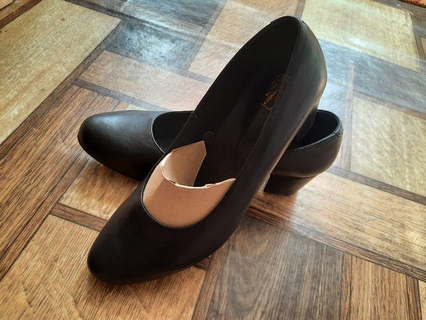 Туфли сатылады 5000мын