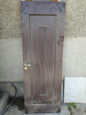 3 деревянные двери