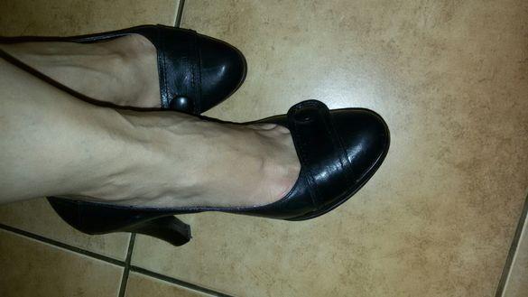 Дамски черни обувки