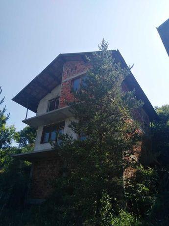 Две къщи в един двор - село Станьовци