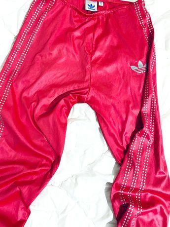 Adidas дамски оригинален клин Хс размер